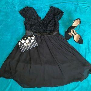 Beautiful Lace Black Dress 🖤